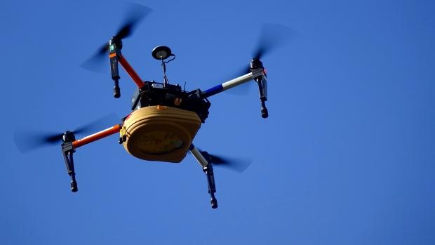 wwwwwwwww 3 - عالم روسي يقوم ببناء طائرة بدون طيار مدمج بها جهاز إنعاش القلب