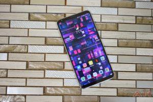 LG V30 Preview AM AH 9 300x201 - LG تقرر خفض أسعار هواتف V30 لمنافسة جلاكسي نوت 8