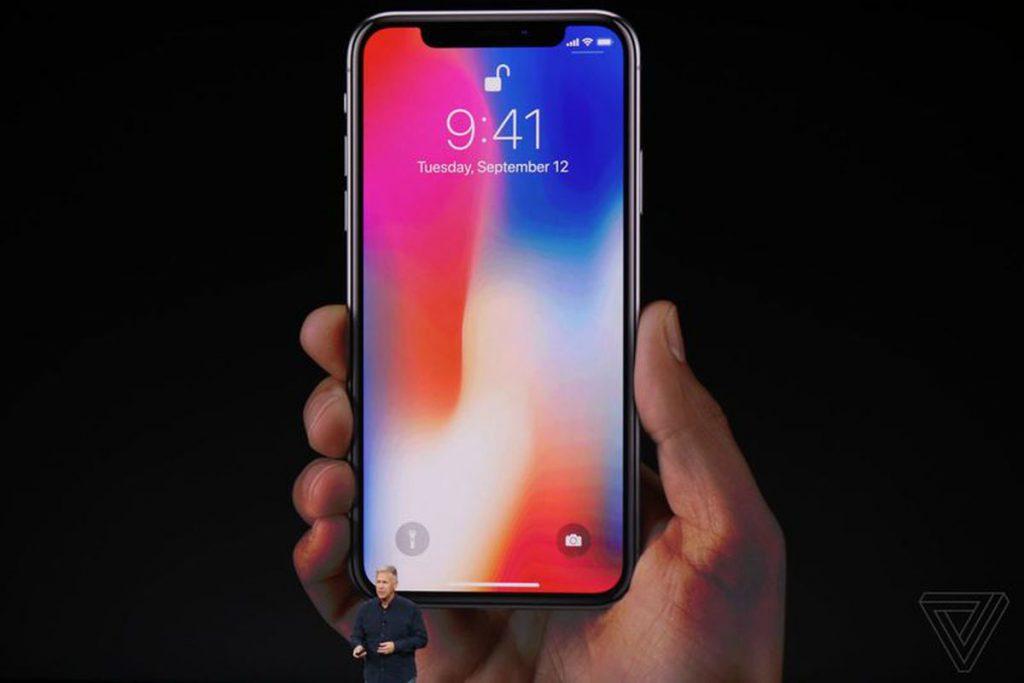 iPhone x 1024x683 - تعرف على عدد أجهزة التي سيتم توافرها من هاتف iPhone X عند بدء الطلب المسبق