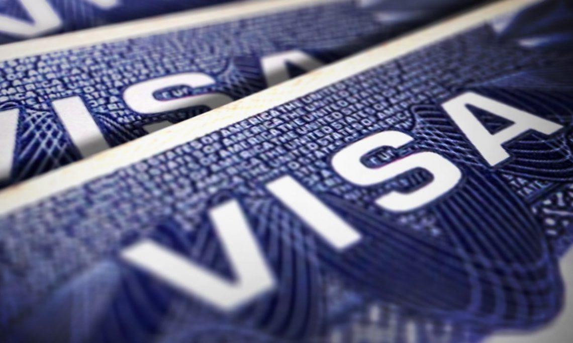 3 18 - أمريكا تريد أن تحصل على بيانات فيس بوك وتويتر من أجل أن تمنحك تأشيرة الدخول إليها