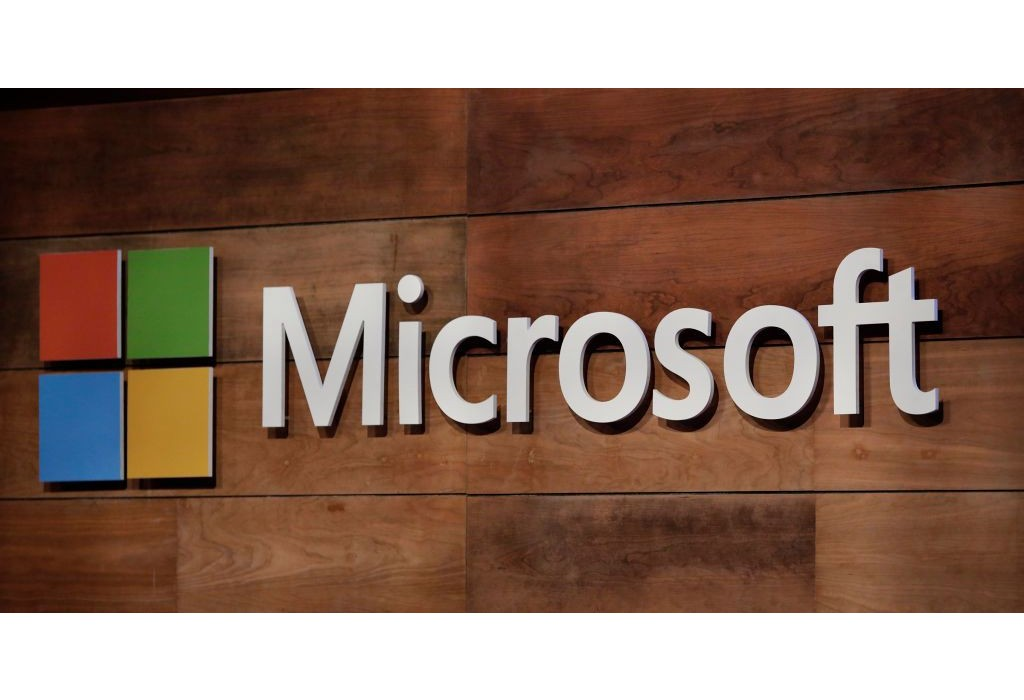 gettyimages 881858762 - مايكروسوفت ستحظر كل من يستخدم الألفاظ المسيئة على منصتها ابتداءً من مايو القادم