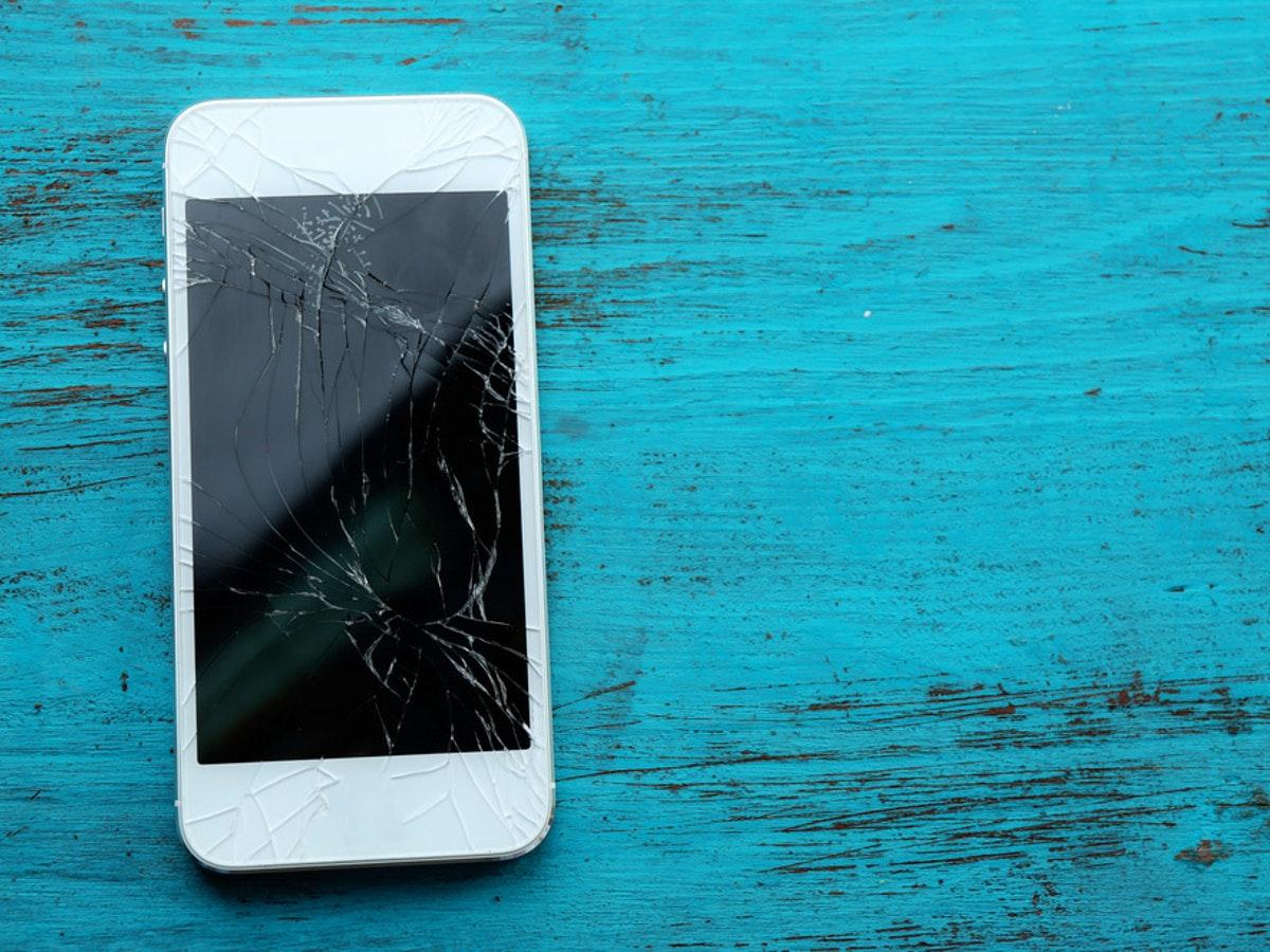 7 2 - 6 طرق بسيطة تستطيع بهم إصلاح خدوش هاتفك وتوفر أموالك