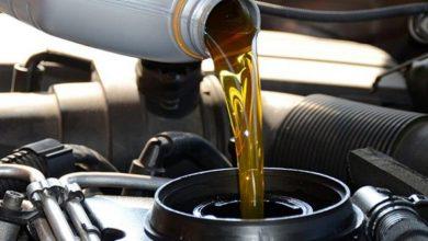 oil change 750x430 390x220 - حدد ماركة سيارتك فقط في هذا الموقع، وسيخبرك بـ الزيت المناسب للسيارة وأنواعه